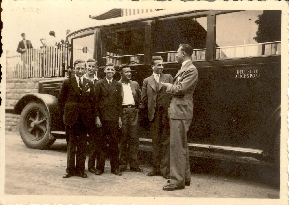 "Liedertag vom 10.06.1934 bei ""Harmonie"" Pflaumheim Vlnr: Ludwig Hock, Adam Roth, Otto Stegmann, Hermann Schwarzkopf, Ludwig Hauck, Willi Lang"